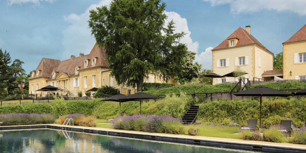 villa and chateau les merles dordogne