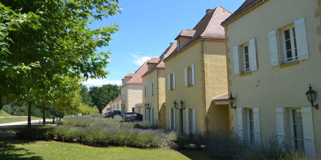 front detail villa