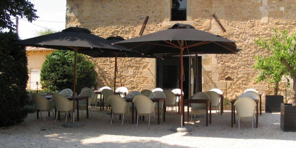 Terras courtyard
