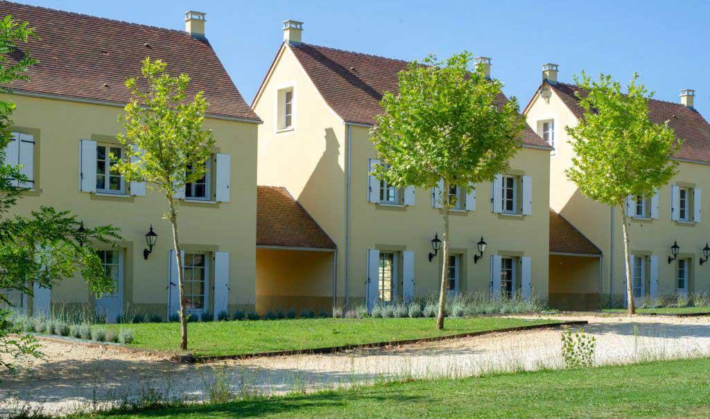 Front Villa Chateau les Merles Dordogne