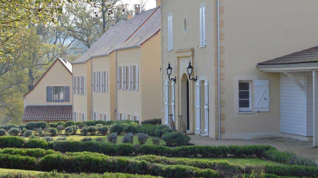 Villa view Chateau les Merles Dordogne
