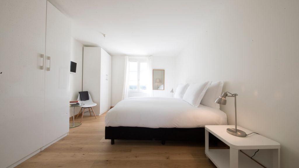 Bedroom Villa Chateau les Merles Dordogne