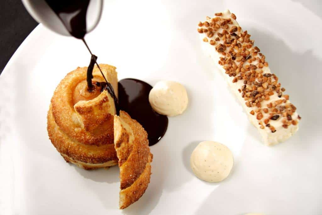 restaurant dessert Chateau les Merles Dordogne