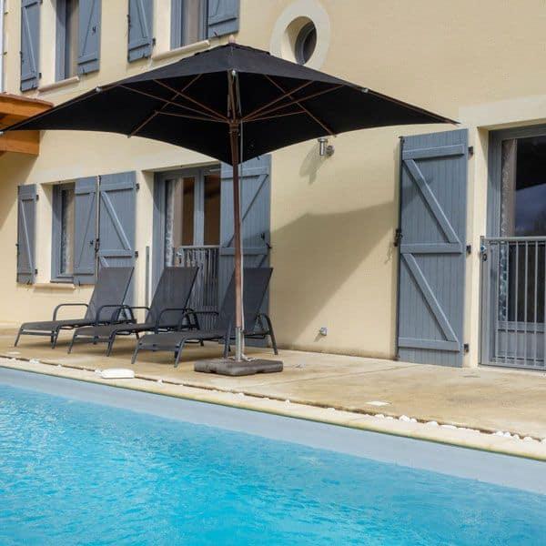 pool villa 8